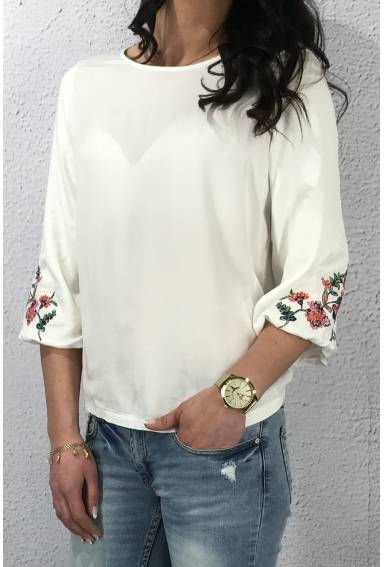 Blouse embroidered sleeve Offwhite