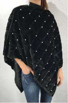 P-11 Poncho fake fur beads Black