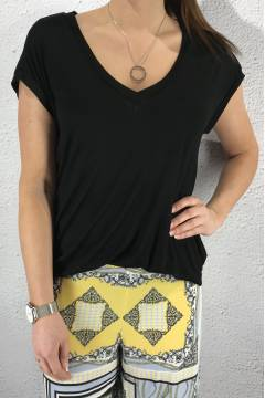 Vik Top Black