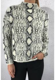 53032 Knitted swater Snakeprint