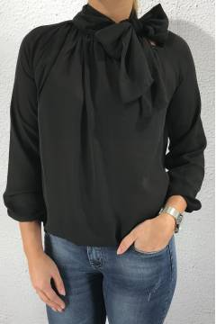 Blouse with Bow Black