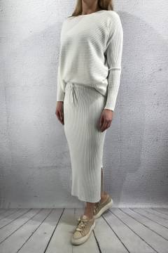Knitted set Sweater & Skirt Creme