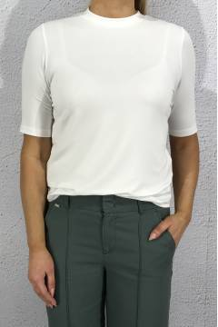 T-shirt turtleneck White