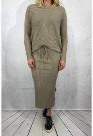 2020 Knitted set Sweater & Skirt Taupe