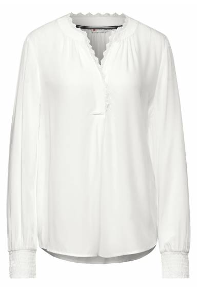 Blouse v-neck with lace detail Offwhite