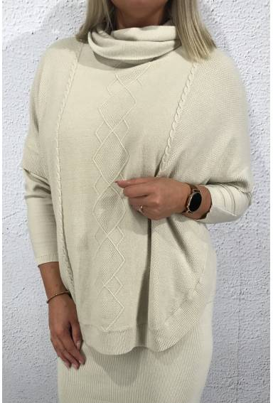 Tina Poncho knitted Sand