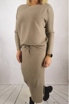 11CL Knitted set Sweater/Skirt Taupe